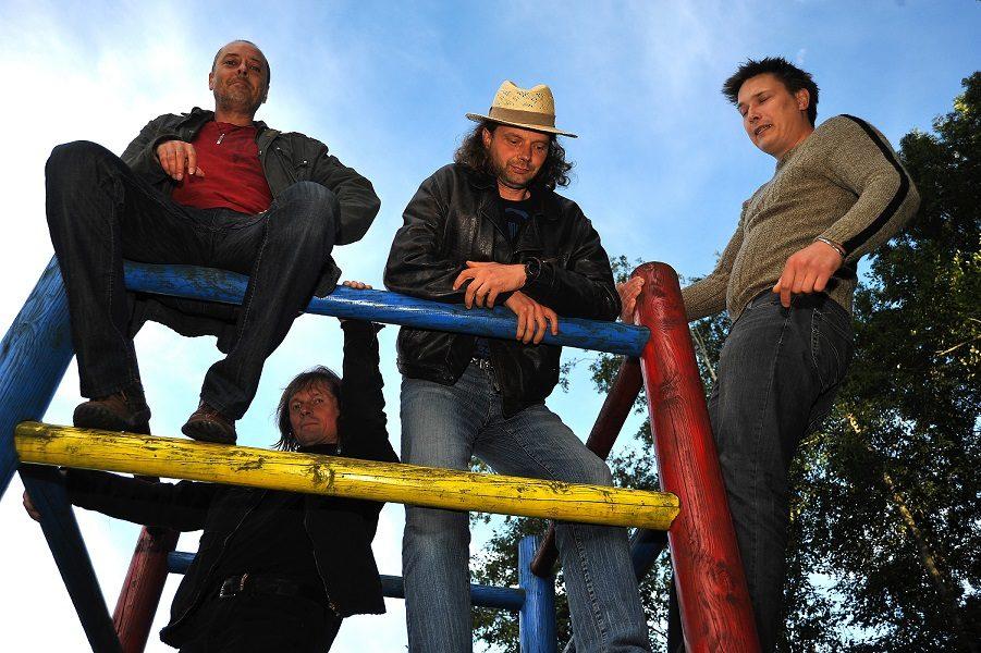 Fotografiranje za ovitek tretjega albuma, 2010